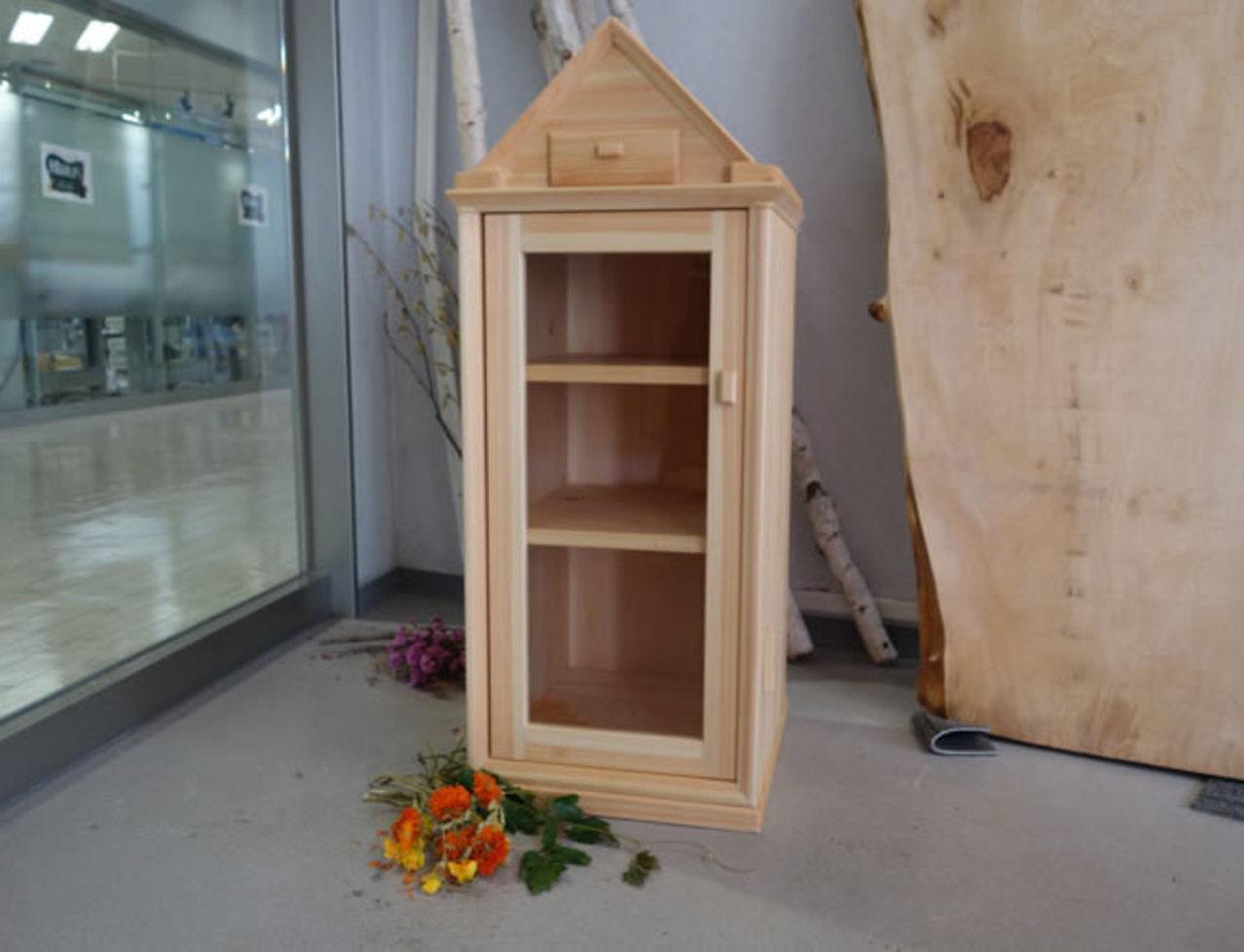 吉野絵の飾り棚のサムネイル