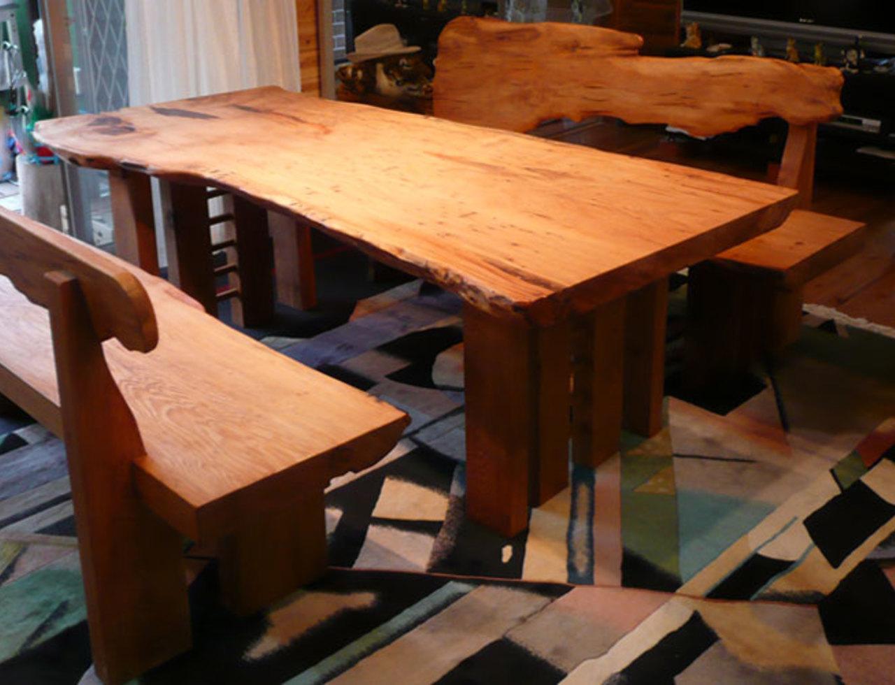 くつろげる高さの総屋久杉テーブルセットのサムネイル