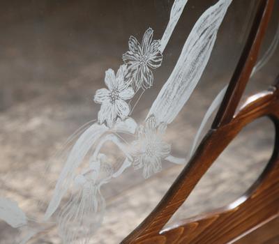 飾り窓のサムネイル