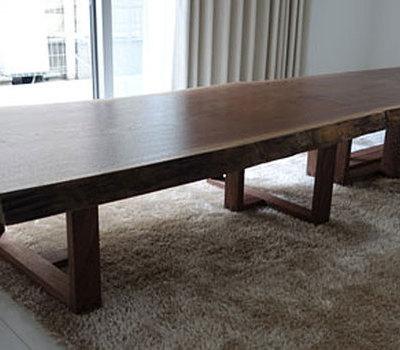 2600mmの大テーブルでおもてなしのサムネイル