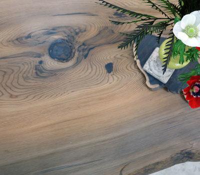 こだわりのご新居に神代杉のサムネイル