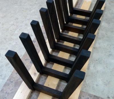 モンキーポッドのベンチのサムネイル
