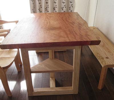 ボセの一枚板を2つのテーブルにのサムネイル
