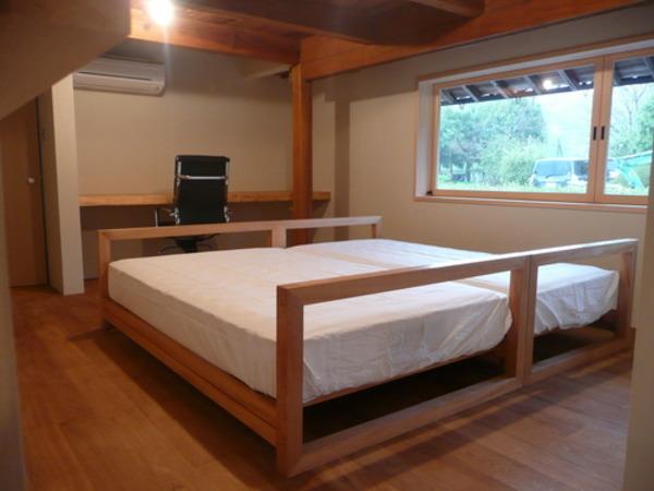 シングルサイズベッド&セミダブルサイズベッド~栂材~