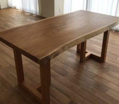 上質ケヤキ一枚板テーブル 大阪府豊中市のサムネイル