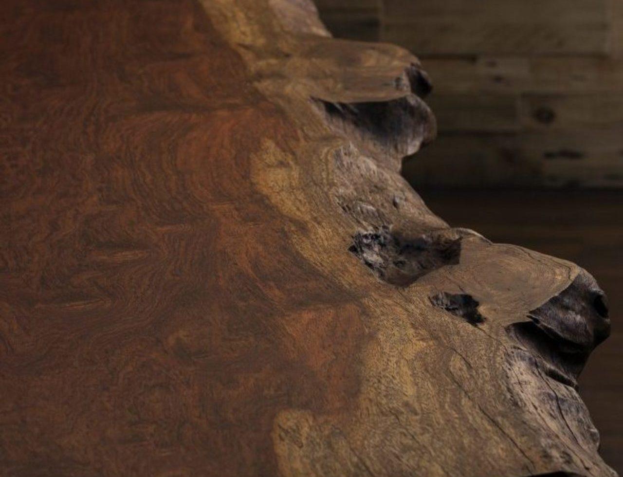 存在感抜群ブビンガ一枚板。兵庫県西宮市N様邸のサムネイル