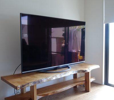 山桜一枚板TVボード。大阪市のサムネイル